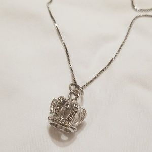 Jewelry - princess crown necklace 👑